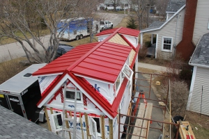 A finished roof! Just look at that colour!